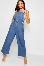 Boohoo | Cropped Wide Leg Dungaree | Clouty
