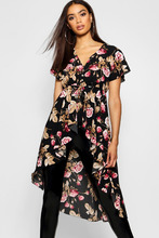 Boohoo | Woven Floral Button Detail High Low Hem Blouse | Clouty