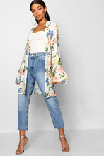 Boohoo | Aria Belted Floral Kimono | Clouty