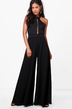 Boohoo | Extreme Wide Leg Trousers | Clouty