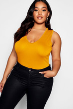 Boohoo | Plus Plunge Basic Bodysuit | Clouty