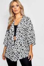 Boohoo | Plus Leopard Print Kimono | Clouty
