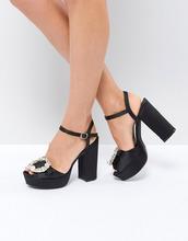 Boohoo | Туфли на каблуке и платформе с украшением Boohoo - Черный | Clouty