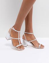 Glamorous | Серебристые решетчатые босоножки на каблуке Glamorous - Серебряный | Clouty
