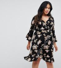 Club L   Платье с рукавами 3/4, запахом и цветочным принтом Club L Plus   Clouty
