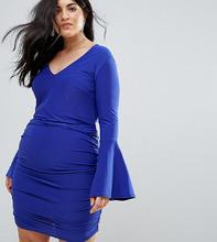 Club L | Облегаюющее платье мини с длинными расклешенными рукавами Club L Plus | Clouty