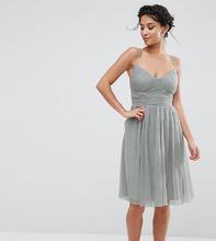 Little Mistress   Приталенное платье для выпускного из тюля Little Mistress Petite   Clouty