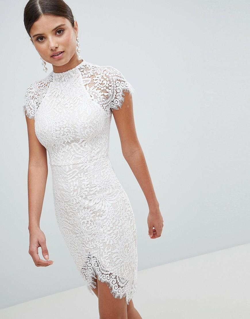 обтягивающее платье белое кружевное