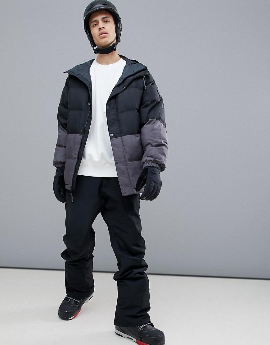 ... Burton Snowboards   Черный Серо-черная дутая куртка с капюшоном Burton  Snowboards Traverse   Clouty d9cfc5aff6a