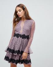Dolly & Delicious | Платье мини для выпускного с сетчатой вставкой Dolly & Delicious - Розовый | Clouty