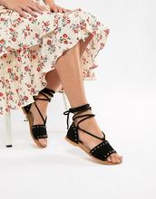 ASOS | Замшевые сандалии с заклепками и завязкой ASOS DESIGN Foster - Черный | Clouty