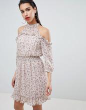 Vila | Платье с вырезами на плечах и оборками Vila - Мульти | Clouty