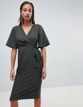 ASOS | Платье миди с запахом и поясом ASOS DESIGN - Зеленый | Clouty