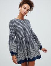 Glamorous   Свободное платье с принтом Glamorous - Темно-синий   Clouty