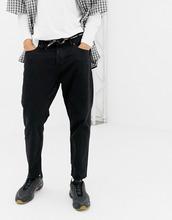 bershka | Узкие укороченные джинсы черного цвета с поясом из шнурка Bershka - Черный | Clouty