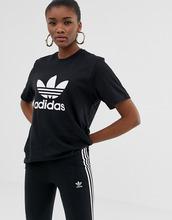 adidas Originals | Свободная черная футболка adidas Originals adicolor - Черный | Clouty
