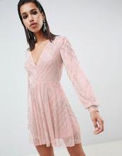 ASOS | Короткое приталенное платье с отделкой бисером и пышными рукавами на м | Clouty