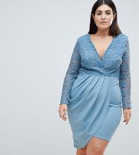 Club L | Асимметричное платье с кроше и запахом Club L Plus - Синий | Clouty