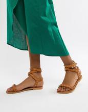 ASOS | Кожаные сандалии с заклепками ASOS DESIGN - Рыжий | Clouty