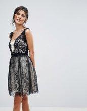 Little Mistress   Черно-белое платье мини для выпускного с кружевной накладкой Little Mi   Clouty