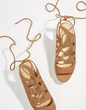 ALDO | Замшевые сандалии-эспадрильи на плоской платформе с завязками ALDO | Clouty
