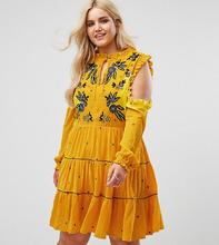 Frock And Frill | Бархатное свободное платье с открытыми плечами и цветочной вышивкой Frock And Frill Plus - Желтый | Clouty