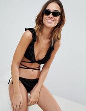 Fashion Union | Черный бикини-топ с запахом и оборками Fashion Union Bay - Черный | Clouty