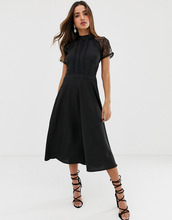 Liquorish | Приталенное платье миди с кружевной отделкой Liquorish - Черный | Clouty