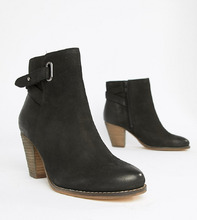 Carvela | Кожаные ботильоны в стиле вестерн на каблуке Carvela - Черный | Clouty