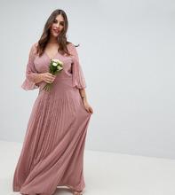 ASOS | Плиссированное платье макси для подружки невесты с рукавами клеш и кружевными вставками ASOS DESIGN Curve - Розовый | Clouty