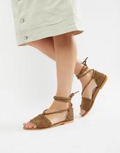 ASOS | Замшевые сандалии с заклепками и завязкой ASOS DESIGN Foster - Зеленый | Clouty