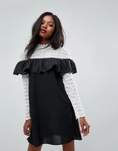 Club L | Платье с высоким вырезом, длинными рукавами и отделкой кроше Club L | Clouty