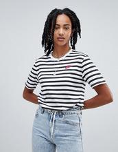 NIKE | Черно-белая футболка в полоску Nike 90S - Черный | Clouty