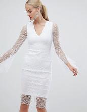Vesper | Белое кружевное платье-футляр с рукавами клеш Vesper - Белый | Clouty