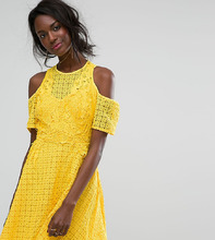 Boohoo | Кружевное платье с открытыми плечами и высоким вырезом Boohoo - Желтый | Clouty