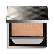 BURBERRY | BURBERRY Компактная основа Fresh Glow Compact Foundation № 12 OCHRE NUDE | Clouty