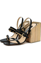 Jacquemus | Кожаные босоножки на массивном каблуке Jacquemus | Clouty