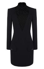 GIVENCHY | Шерстяное мини-платье с кружевной вставкой и воротником аскот Givenchy | Clouty