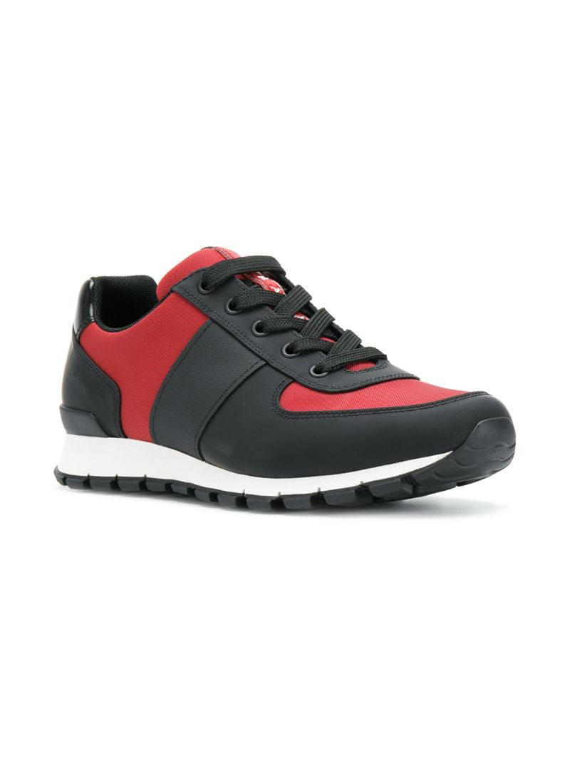 0cb788fa8330 Кроссовки с панельным дизайном Prada CL000018244403 купить за 34281р