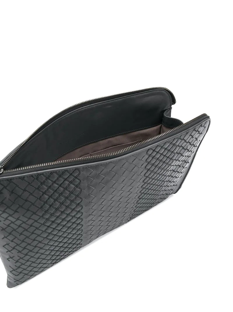 ... Bottega Veneta   Серый объемный плетеный клатч на молнии Bottega Veneta    Clouty 601a53b230c