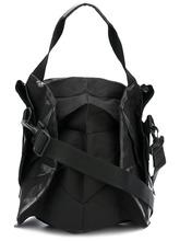 132 5. issey miyake | стилизованная сумка-тоут 132 5. Issey Miyake | Clouty