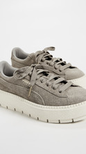 Puma | PUMA Suede Platform Trace Sneakers | Clouty