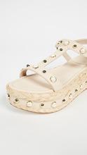 Stuart Weitzman | Stuart Weitzman Be Raffia Flatform Sandals | Clouty