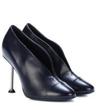 Victoria Beckham | Pin leather pumps | Clouty